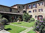 Villa Le Torri vacation apartments in Tuscany