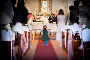 Church wedding ceremony in Tuscany