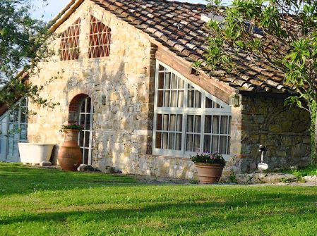 """Pianicaldi"" Tuscan Farm House Holiday Rental"