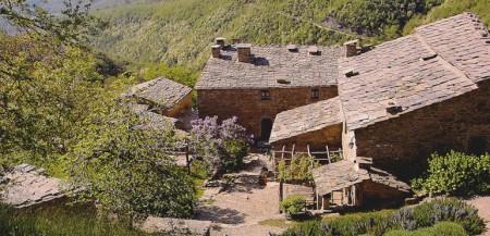 Borgo di Vagli Tuscan village near Cortona