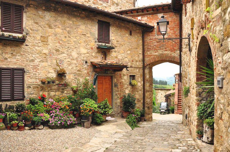 Italian Courtyard Garden Tuscany Italy